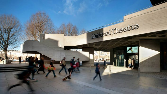 visiter le national theatre à Londres